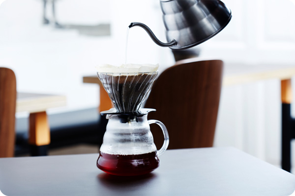 Making delicious coffee in a V60
